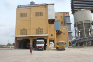 1 DIAMOND CEMENT GUINEA PACKING PLANT